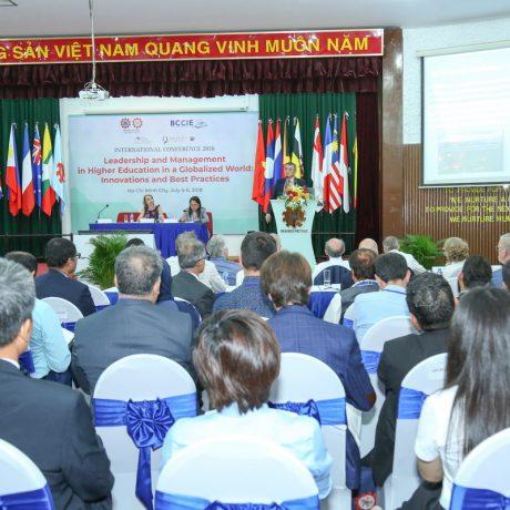 """Hội thảo quốc tế về """"Lãnh Đạo và Quản Lý Giáo Dục Đại Học trong Bối Cảnh Toàn Cầu Hóa: Những Đổi Mới và Bài Học Kinh Nghiệm"""""""