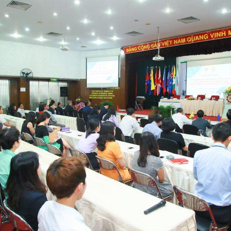 """Diễn đàn Giáo dục Khu vực về """"Nâng cao Sự Hài lòng của Giáo viên Bậc Phổ thông trong Khu vực Đông Nam Á: Kinh nghiệm Thực tiễn và Giải pháp Chiến lược"""""""