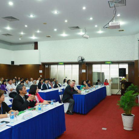 """Hội thảo Quốc tế về """"Lãnh đạo và quản lý giáo dục đại học: Lãnh đạo sự thay đổi theo xu hướng toàn cầu"""""""